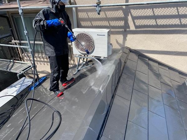 東京都世田谷区 K様邸 屋根塗装・付帯部塗装・劣化補修 下地処理 高圧洗浄 (3)