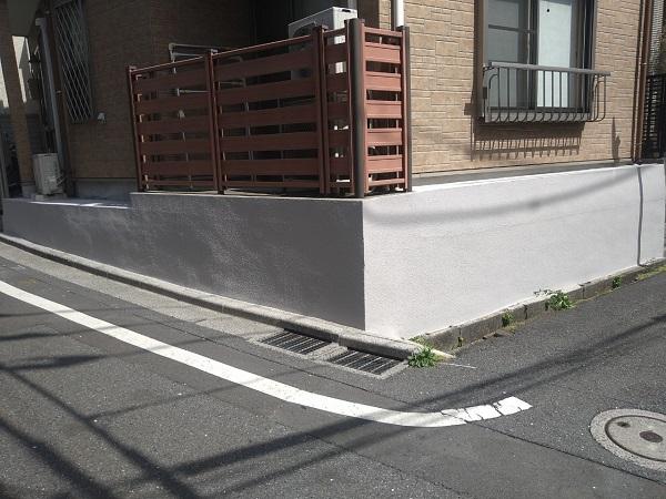 東京都新宿区 M様邸 基礎補修 シーリング工事 基礎塗装 (2)