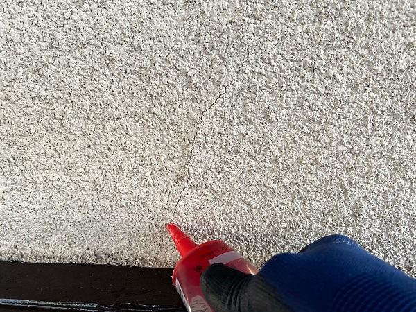 東京都世田谷区 K様邸 屋根塗装・付帯部塗装・劣化補修 外壁のひび割れ(クラック)補修 弾性エポキシ樹脂 (4)