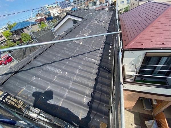 東京都足立区 M様邸 屋根葺き替え工事 施工前の状態 瓦表面の剥がれ、割れ 棟瓦の飛散 (17)