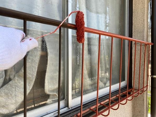 東京都世田谷区 K様邸 屋根塗装・付帯部塗装・劣化補修 窓手摺りの塗装 錆びの怖さ (4)