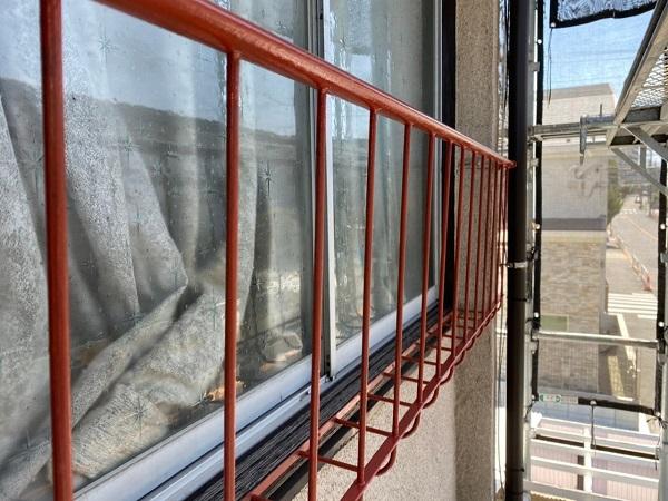 東京都世田谷区 K様邸 屋根塗装・付帯部塗装・劣化補修 窓手摺りの塗装 錆びの怖さ (5)