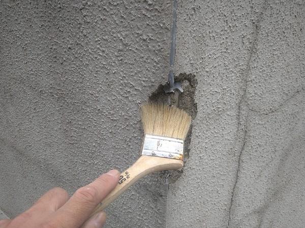 東京都新宿区 M様邸 基礎補修 シーリング工事 高圧洗浄 爆裂の補修 (7)