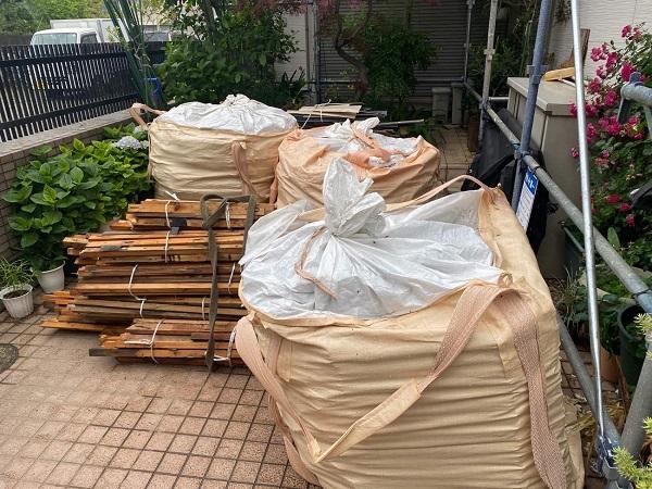 東京都足立区 M様邸 屋根葺き替え工事 既存屋根材撤去 近隣への配慮について (12)