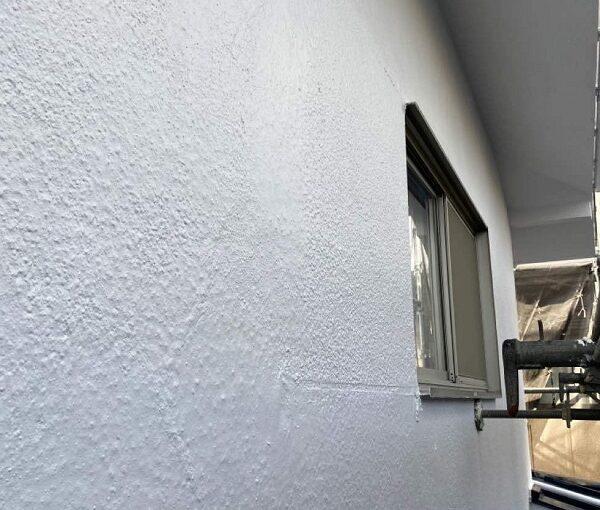 東京都世田谷区 T2様邸 屋根塗装・外壁塗装・防水工事 外壁中塗り・上塗り 日本ペイント パーフェクトトップ (2)