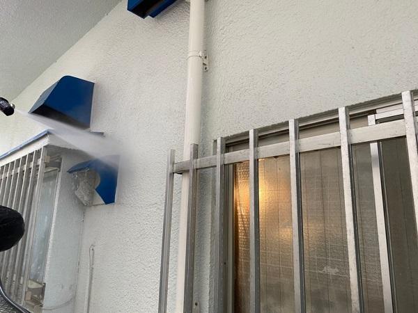 東京都世田谷区 T2様邸 屋根塗装・外壁塗装・防水工事 下地処理 高圧洗浄 (7)