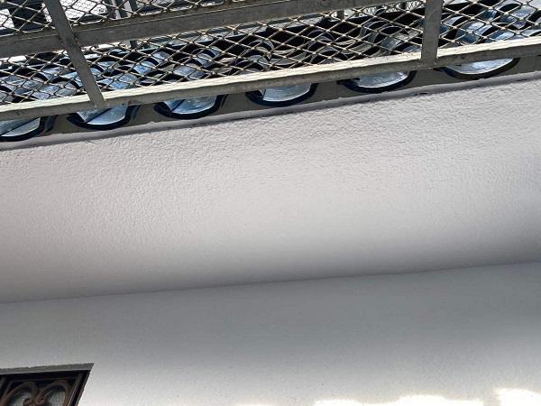 東京都世田谷区 T2様邸 屋根塗装・外壁塗装・防水工事 外壁中塗り・上塗り 日本ペイント パーフェクトトップ (4)