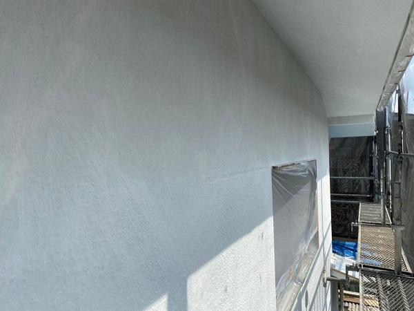 東京都世田谷区 T2様邸 屋根塗装・外壁塗装・防水工事 養生 シーリング工事 (3)