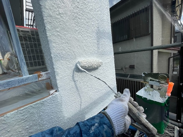 東京都世田谷区 T2様邸 屋根塗装・外壁塗装・防水工事 外壁中塗り・上塗り 日本ペイント パーフェクトトップ (17)