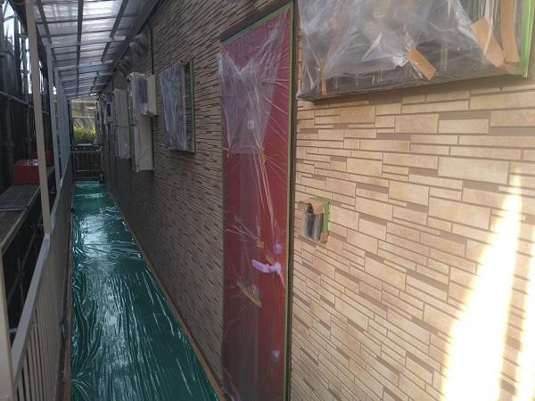 東京都大田区 アパート 屋根塗装・外壁塗装・付帯部塗装 養生  ピュアライドUVプロテクトクリヤー 日本ペイント (1)