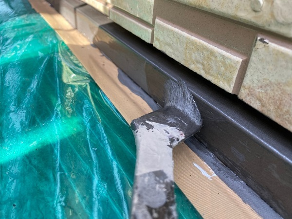 東京都大田区 アパート 屋根塗装・外壁塗装・付帯部塗装 水切り塗装、エアコンホースカバー塗装 (5)