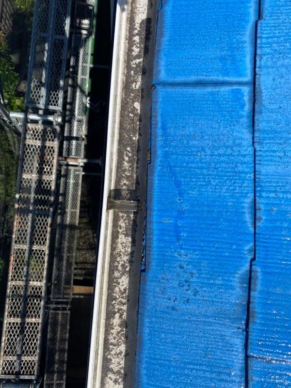 東京都世田谷区 T2様邸 屋根塗装・外壁塗装・防水工事 エスケー化研ヤネフレッシュSi 日本ペイント水性カチオンシーラー (3)