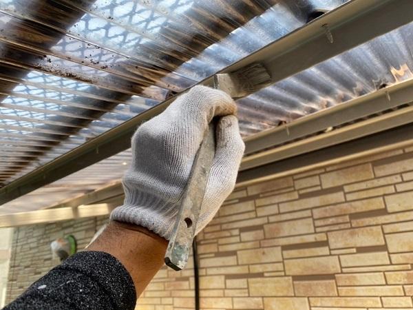 東京都大田区 アパート 屋根塗装・外壁塗装・付帯部塗装 外階段表の塗装 ハイポンファインプライマーII ファインウレタンU100