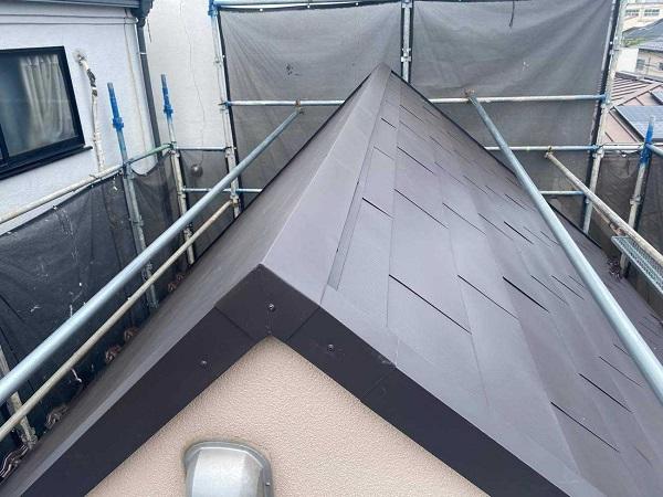 東京都北区 N様邸 雨漏り補修・屋根重ね葺き工事・外壁塗装 棟板金 雪止め設置 (2)