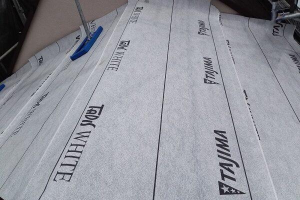 東京都北区 N様邸 雨漏り補修・屋根重ね葺き工事・外壁塗装 屋根の構造 ルーフィング2 (1)