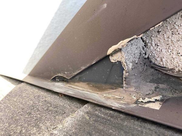 東京都北区 N様邸 雨漏り補修・屋根重ね葺き工事・外壁塗装 散水試 験施工前の状態 (11)