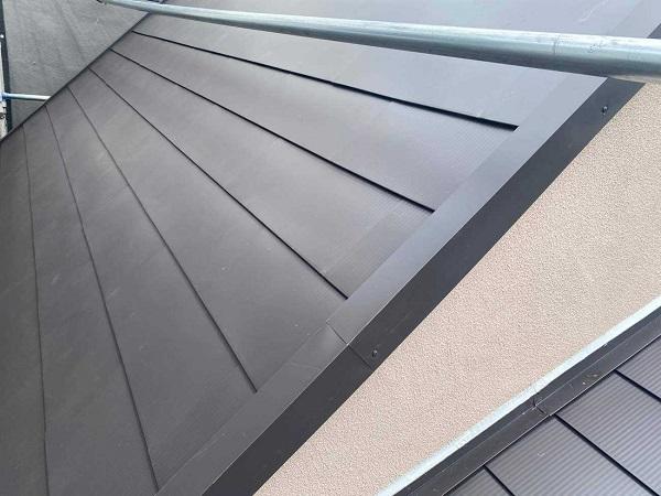 東京都北区 N様邸 雨漏り補修・屋根重ね葺き工事・外壁塗装 ガルバリウム鋼板のメリット